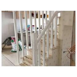 批发实木楼梯_名声好的实木楼梯供应商当属沈阳美诗特楼梯